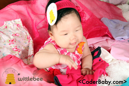 Wittlebee Children's Clothing Club - $10 off coupon http://curebit.com/x/BCtpN